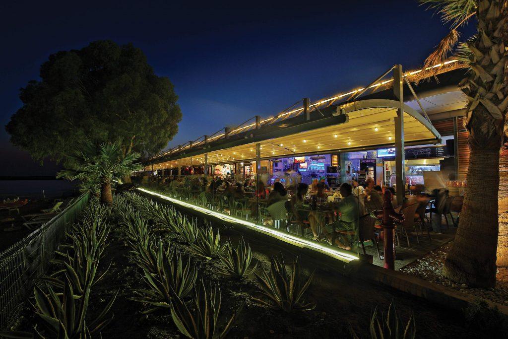 Bridge banner - Terrassenüberdachungen Gastronomie   Pavillons