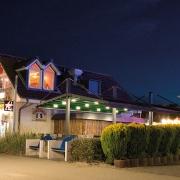 pergola Marine palmiye terrassenueberdachung gastronomie 180x180 - Palmiye Deutschland - Pergola-Systeme und Terrassenüberdachungen