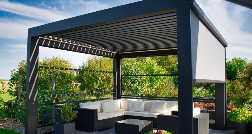 lamellendach skyroof palmiye terrassenueberdachung privat 84springe .JPG 845x450 - Referenz Projekt - Geschützter Terrassenplatz für schöne Stunden