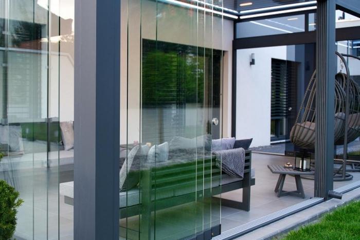 lamellendach skyroof palmiye terrassenueberdachung privat springe 25 700x467 - Lamellendach & Wintergarten - Referenz Projekt von PALMIYE