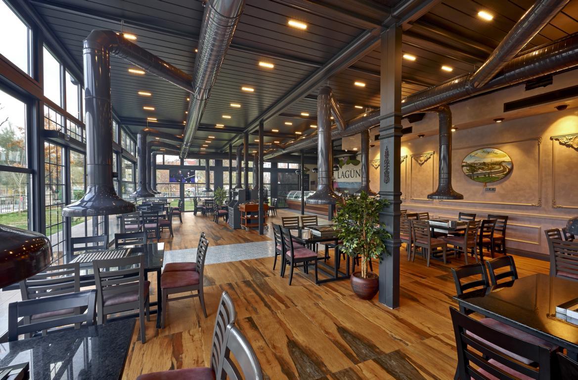amellendach sykroof palmiye terrassenueberdachung gastro lagun 4 - Lamellendach Skyroof für die Gastronomie