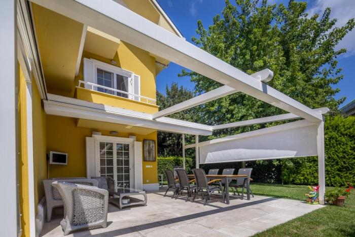 pergola silver palmiye terrassenueberdachung 26 1 700x467 - Terrassendach nach Maß - Referenz-Projekt