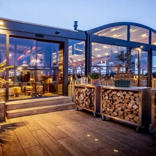 pergola crown palmiye terrassenueberdachung gastronomie dukdalf B 500x500 - Terrassenüberdachung Gastronomie - Referenz Projekt - in Kellenhusen