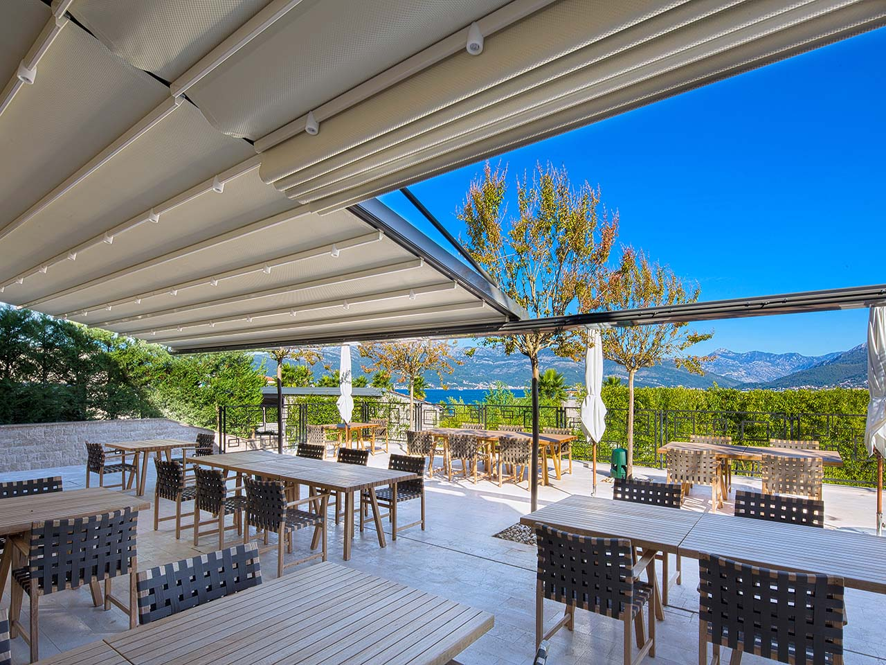 palmiye terrassenueberdachung gastronomie biergaerten freiflaechen 03 - Terrassenüberdachung für Biergärten & Freiflächen
