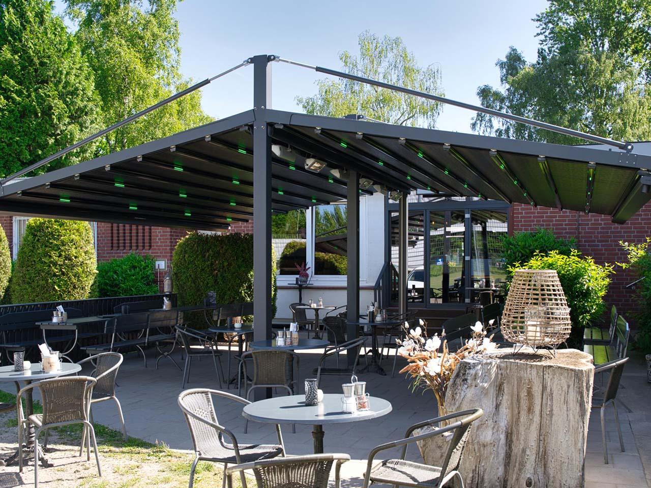 pergola marine palmiye gastronomie ueberdachung biergaerten freiflaechen 01 - Terrassenüberdachung für Biergärten & Freiflächen